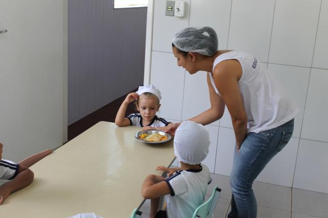 Educação Nutricional - Macarrão Colorido